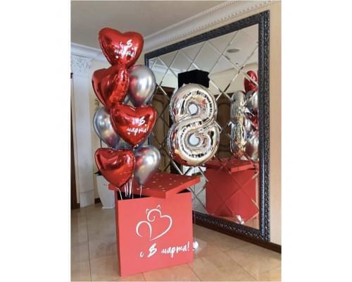 Набор красных сердец в коробке на День Влюблённых